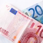 英国はユーロ離脱?事前調査VSブックメーカー